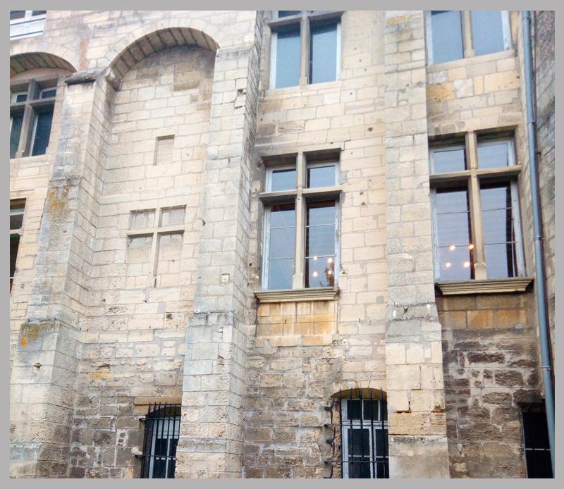 fbarchi-diapo-tertiaire-chateau-montataire-exterieur